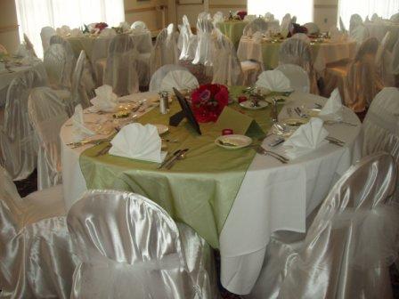 Wedding table runners KentBaby